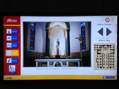 The chapels, as well the Baptistry, are equipped with interactive monitors for a more detailed informations about the cathedral.