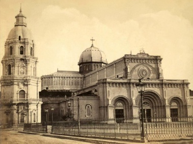 Portrait of the Manila Cathedral before the 1880 earthquake. Photo by Google Images