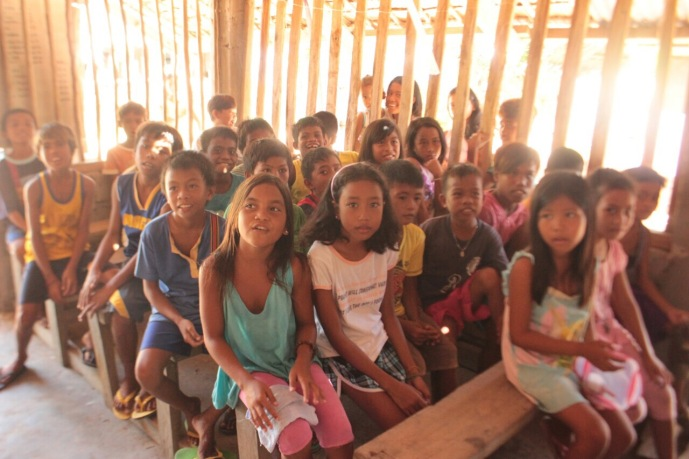 The fun and sweet children of Jomalig